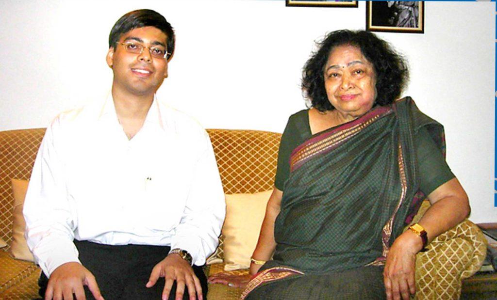 Gaurav Tekriwal with Shakuntala Devi